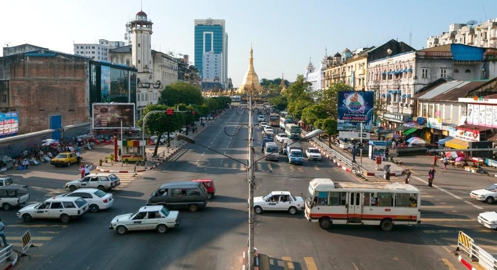 Янгон дорожное движение города