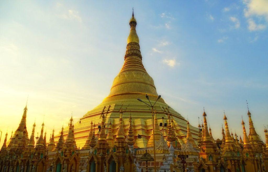 Янгон пагода Шведагон