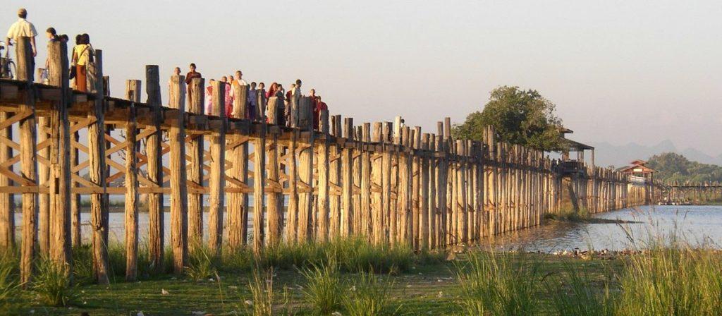 Мандалай деревянный мост